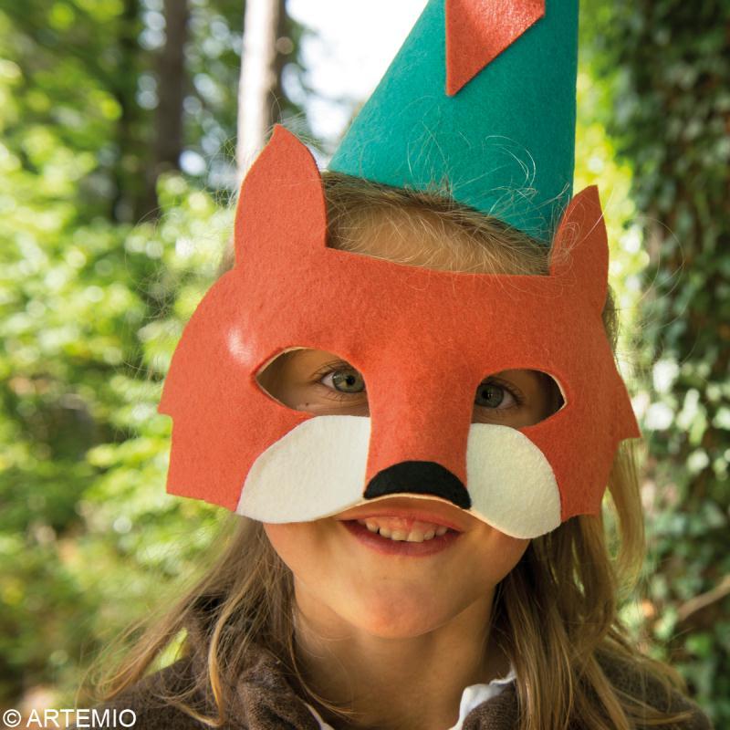 Fabriquer un masque de carnaval comment faire id es et conseils masque et d guisement - Masque de loup a fabriquer ...