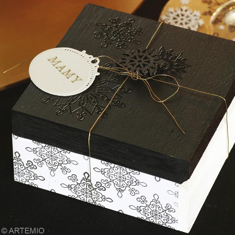 Fabriquer une bo te cadeau de no l id es et conseils no l - Cadeau a fabriquer pour noel ...