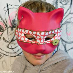 3. Masque chat carnaval rose fuchsia terminé