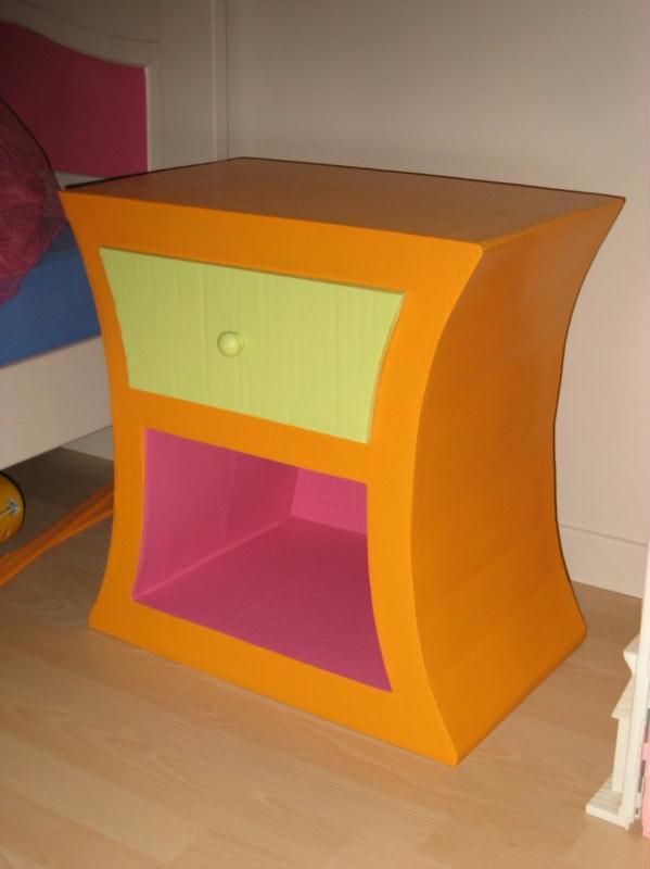 Chevet enfant cr ations meuble en carton de creamumu n for Finition meuble en carton