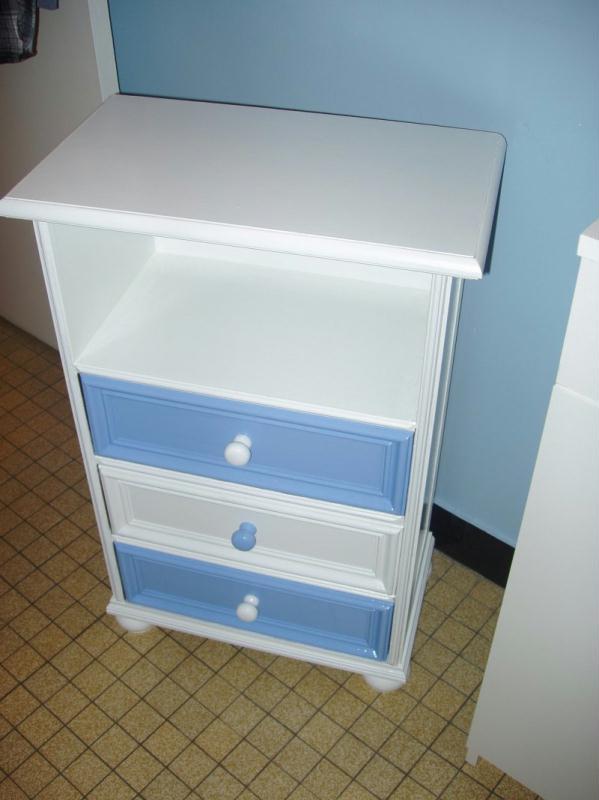 Petit meuble blanc cr ations peinture multi supports de nathdid8003 n 21486 - Peinture petit blanc ...