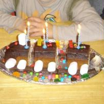 gateau train 6 ans d'alex