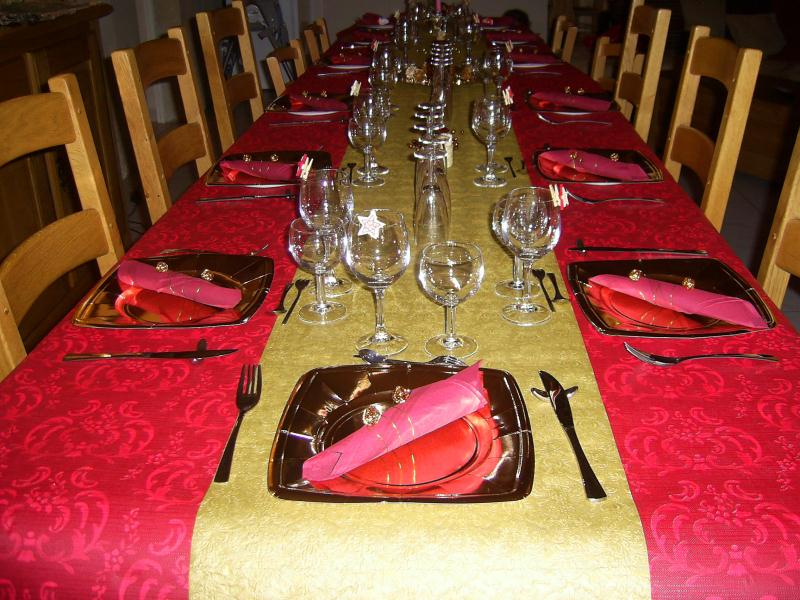D coration de table de noel 2009 en rouge et or cr ations art de la table de melanie5227 n - Table de noel rouge et or ...