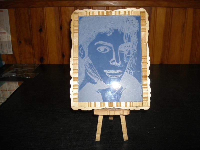 Gravure sur verre et pince a linge cr ations cr ation en - Cadre photo avec pince linge ...