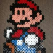 Mario, personnage de jeu vido en perles Hama