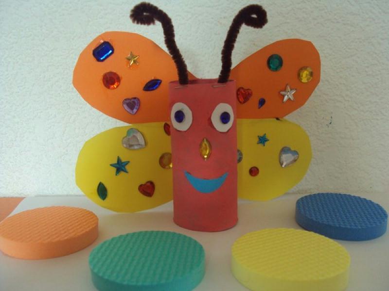 Papillon r alis avec rouleau papier wc cr ations - Activite manuel avec rouleau papier toilette ...