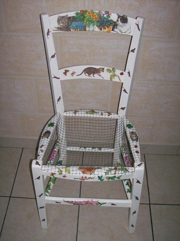 chaise porte fleur aux motifs chats cr ations serviettes en papier de kima n 33928 vue 1829. Black Bedroom Furniture Sets. Home Design Ideas