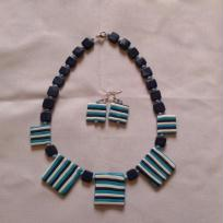 collier en pate polymre bleut