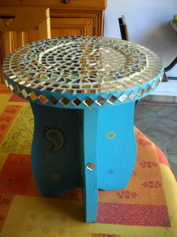 Table de chevet orientale cr ations mosa que de granville n 35608 vue 4544 fois - Table de chevet orientale ...