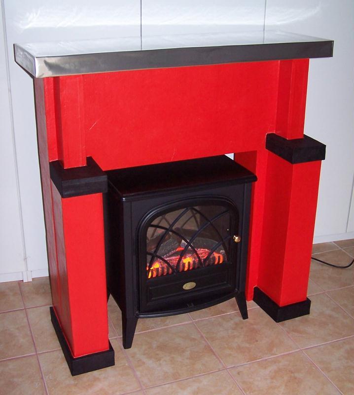 encadrement de chemin e en carton cr ations meuble en carton de maison carton n 36507 vue. Black Bedroom Furniture Sets. Home Design Ideas