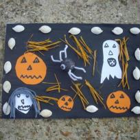 tableau d'halloween sur fond bleu