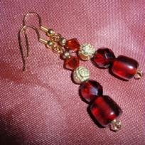 Boucles d'oreilles perles rouges fantaisie