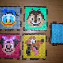 perles HAMA pot a crayon disney 1. pieces a assembler
