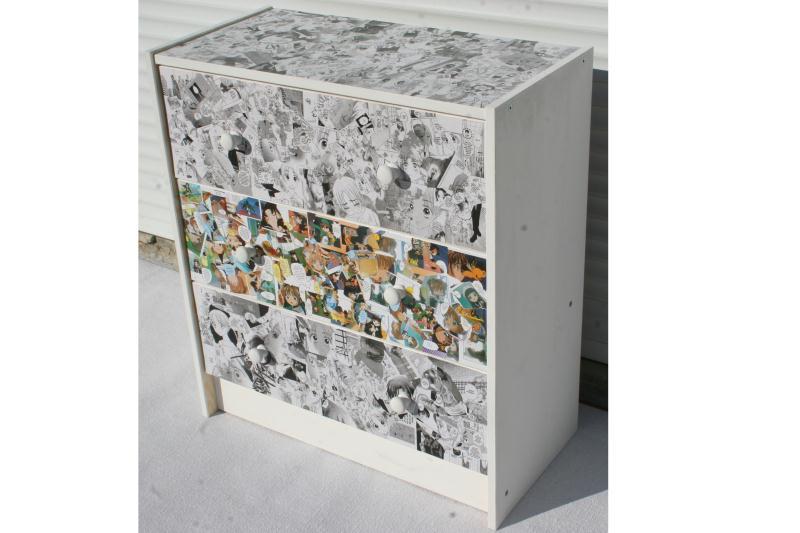 commode manga noir et blanc couleur cr ations d copatch. Black Bedroom Furniture Sets. Home Design Ideas