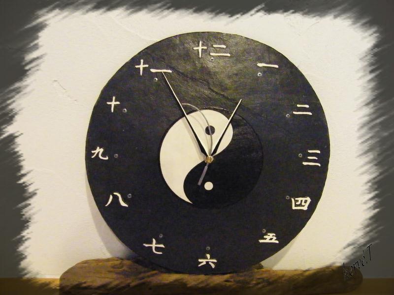 horloge japonaise sur ardoise cr ations horloge pendule de ht63 n 40505 vue 3326 fois. Black Bedroom Furniture Sets. Home Design Ideas