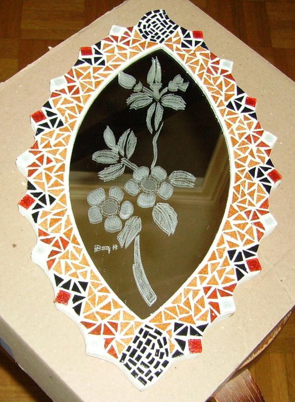 miroir ovale en mosa que et gravure sur verre cr ations mosa que de mosamil45 n 41492 vue. Black Bedroom Furniture Sets. Home Design Ideas