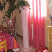 colonne en marbre rose