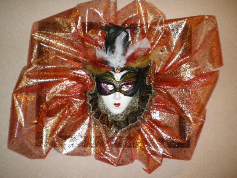 masque de venise en porcelaine peinte avec voile orang cr ations masque de b a22 n 42759 vue. Black Bedroom Furniture Sets. Home Design Ideas