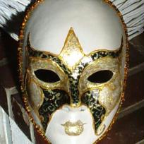 Masque aux reflets de Nol