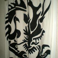 Dragon sur Textile en Silouhette