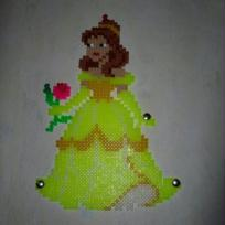 Cration princesse Belle en perle hama