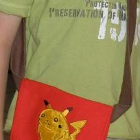 Cration sac Pikachu : Petit sac bandoulire garon