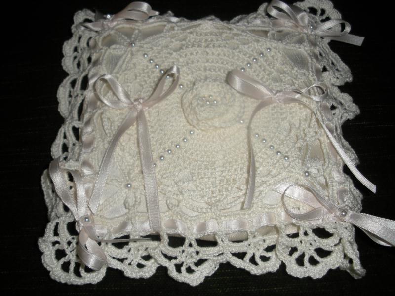 porte alliance au crochet, anneaux de mariage thématique au crochet ...