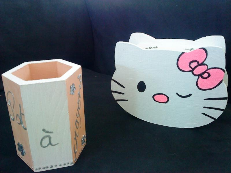 Cr ation pot a crayon et tirelire hello kitty cr ations for Pot de chambre enfant