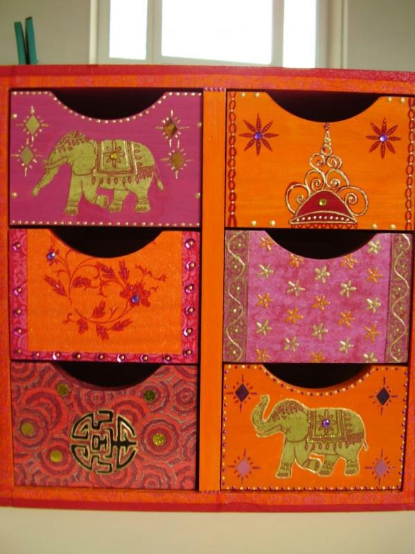 Petit meuble indien cr ations d coration de titcrea n for Meuble indien
